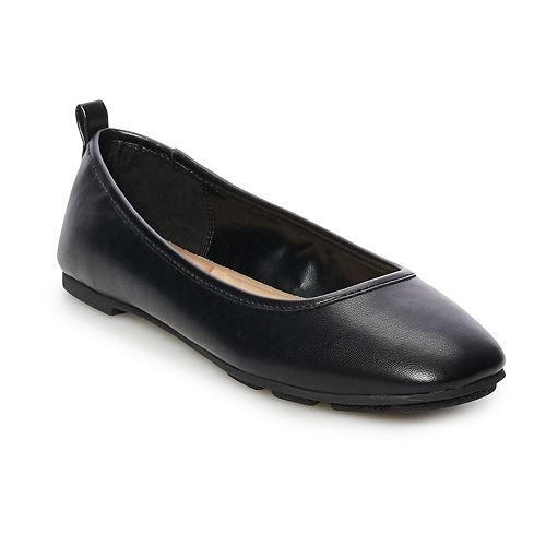 Apt. 9® Punctual Ballet Flats