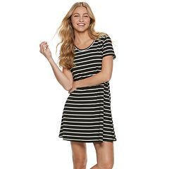 Juniors' SO® French Terry Short Sleeve Dress