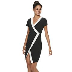 Juniors' Almost Famous Short Sleeve Wrap Bodycon Dress
