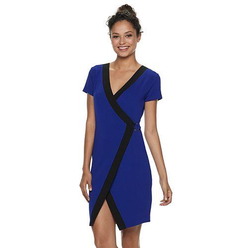 Juniors' Almost Famous Short Sleeve Wrap Bodycon Dress