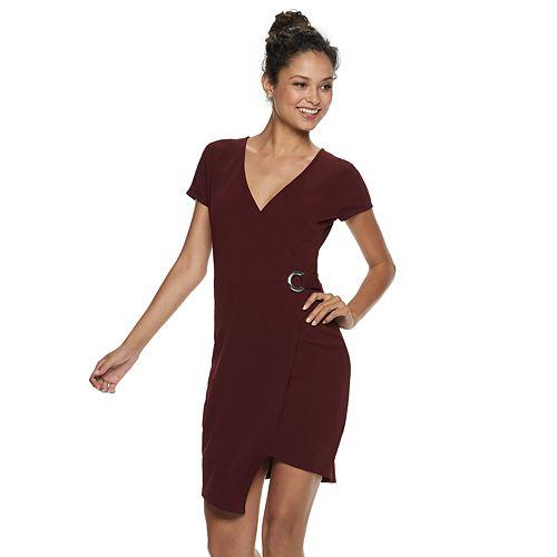 Juniors' Almost Famous Short Sleeve Wrap Dress