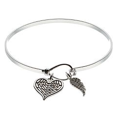 Brilliance Heart & Wing Charm Bangle Bracelet with Swarovski Crystals