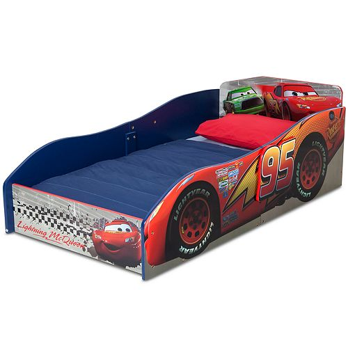 Disney / Pixar Cars Wood Toddler Bed by Delta Children