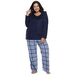 Plus Size Croft & Barrow® Microfleece V-Neck Top & Pants Pajama Set