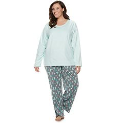 Plus Size Croft & Barrow® Microfleece V-Neck Top & Pants Pajama Set