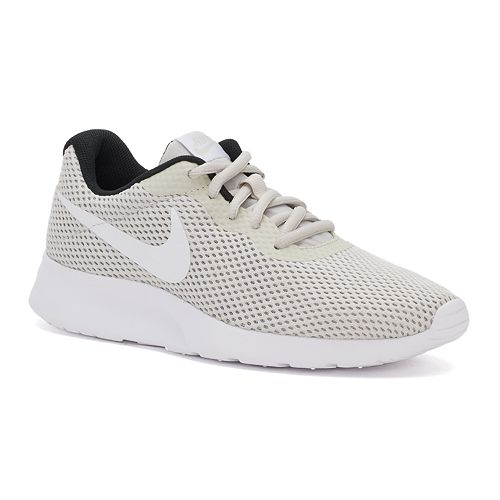 90ace2d094547 ... amazon nike tanjun womens athletic shoes 02b48 7ddcb