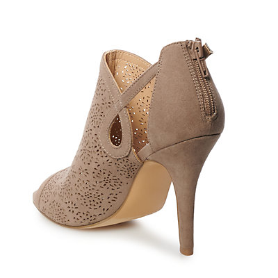 LC Lauren Conrad Caramel Women's High Heels