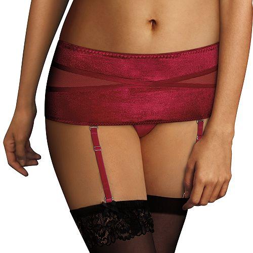 Maidenform Extra Sexy Velvet Garter Belt MFB102