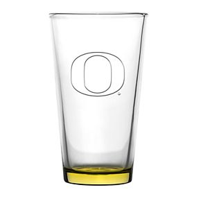 Boelter Oregon Ducks Embossed Pint Glass