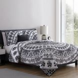 VCNY Kaci Medallion Quilt Set