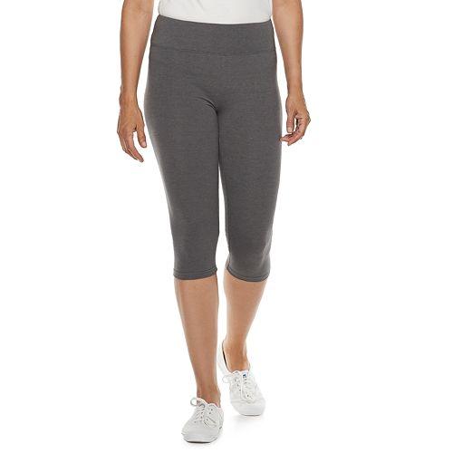 Petite Croft & Barrow® Tummy Control Capri Leggings