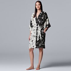 21999f90a3 Women s Simply Vera Vera Wang Floral Wrap Robe