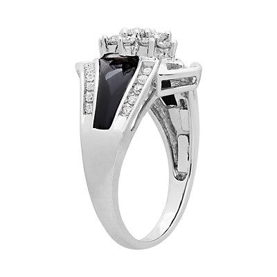 14k White Gold Onyx and 1/2 Carat T.W. Diamond Ring