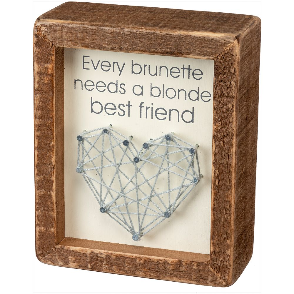 """Friend"" String Art Wall Decor"