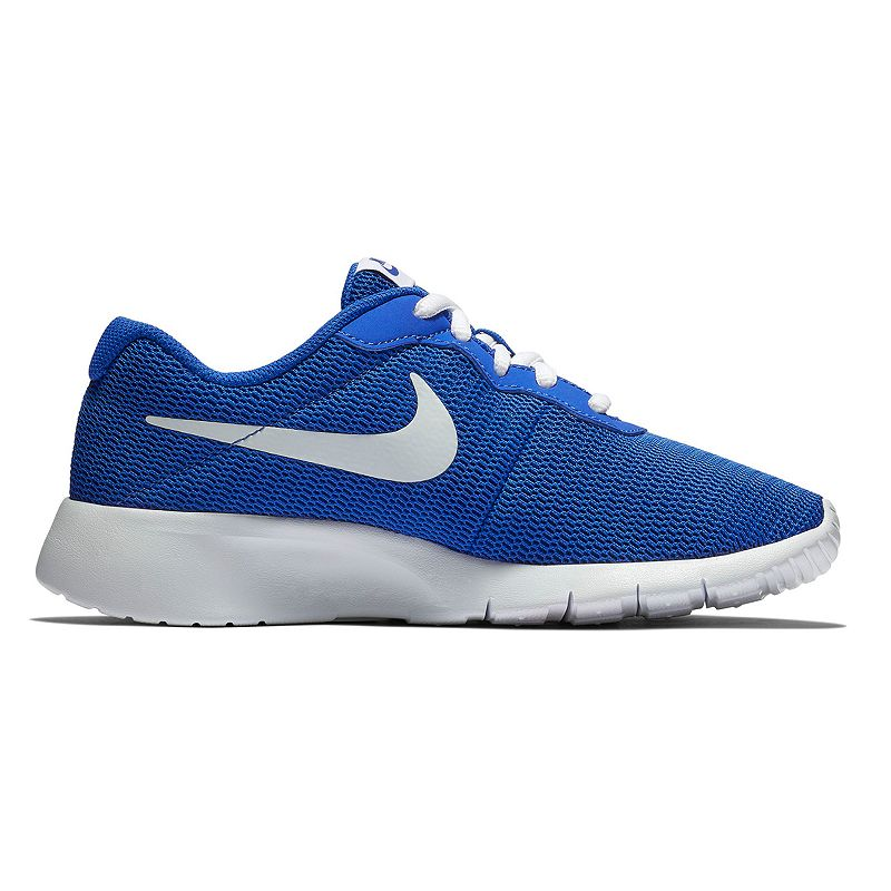 Nike Tanjun Boys' Running Shoes, Boy's, Size: 4 Wide, Blue Nike Tanjun Boys' Running Shoes, Boy's, Size: 4 Wide, Blue Gender: male. Age Group: kids. Pattern: Solid. Material: Mesh.
