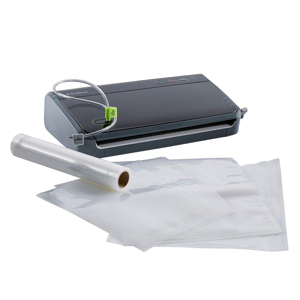 FoodSaver FM2106 Manual Vacuum Sealing System with Bonus Bags