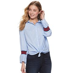 Juniors' Almost Famous Flounce Sleeves Button Down Shirt