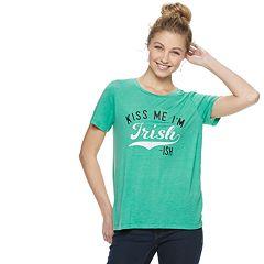 Juniors' 'Kiss Me I'm Irish-ish' Graphic Tee