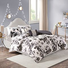 Intelligent Design Renee Floral Print Duvet Cover Set