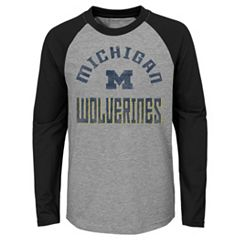 Boys 4-18 Michigan Wolverines Gridiron Tee