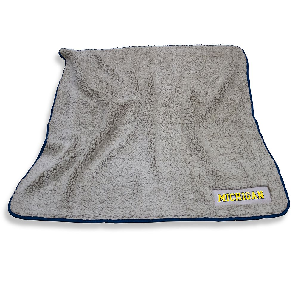 Michigan Wolverines Frosty Fleece Throw Blanket