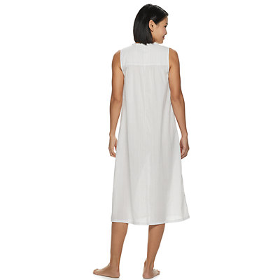 Petite Croft & Barrow® Lace-Trim Nightgown