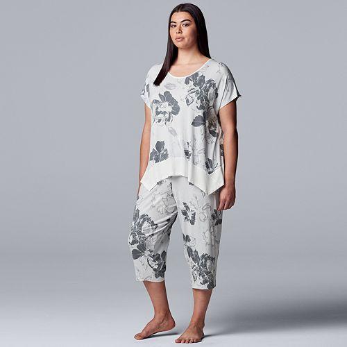 Plus Simply Vera Vera Wang Short Sleeve Top & Capri Set