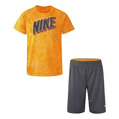13c05cf2e518f Boys 4-7 Nike Dri-FIT Raglan Tee & Short Set