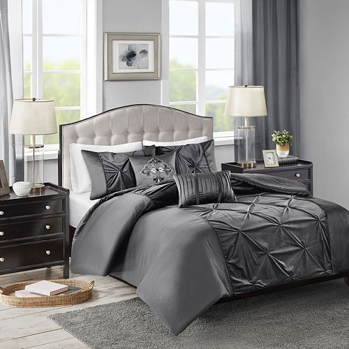 Madison Park Delora Velvet 5-piece Duvet Cover Set