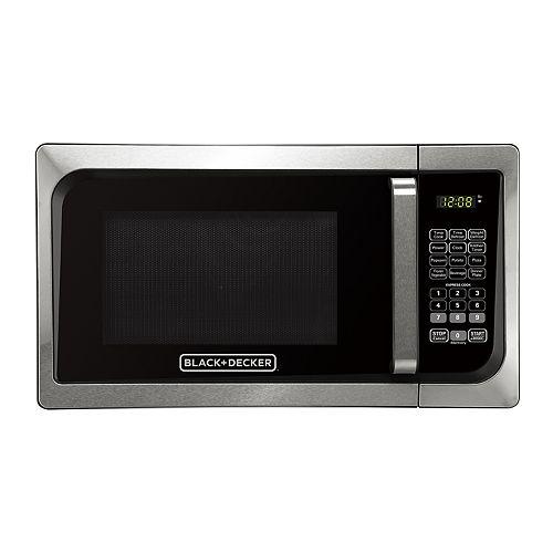 Black & Decker 900-Watt Stainless Steel Digital Microwave