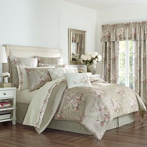 Royal Court Eleanor Comforter Set