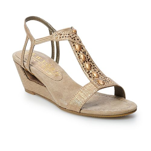 New York Transit Women's Veer This Way Wedge Sandals