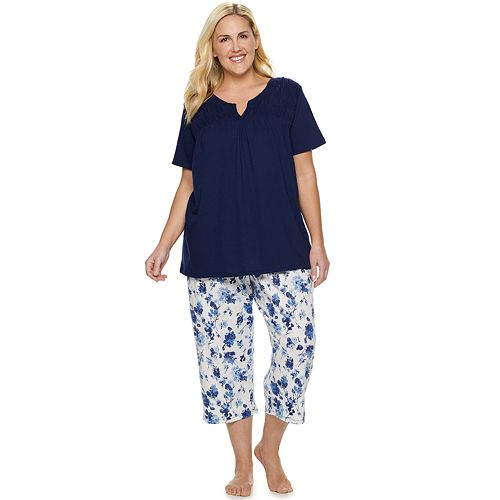 Plus Size Croft & Barrow® Smocked Sleep Tee & Pajama Capri Set