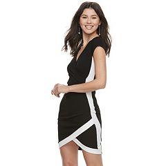 Juniors' Almost Famous Short Sleeve Bodycon Wrap Dress