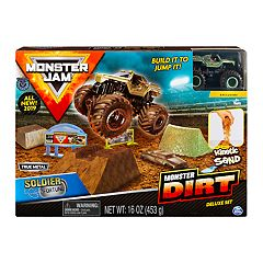 Monster Jam Soldier Fortune Monster Dirt Deluxe Set by Spinmaster