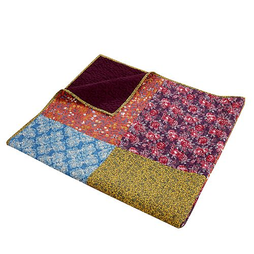 Barefoot Bungalow Normandy Throw