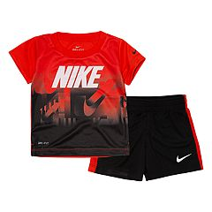 4aeb3ad15b1 Baby Boy Nike Ombre Graphic Tee   Shorts Set