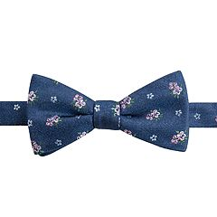 294ebb2ae915 Men's Chaps Patterned Pre-Tied Bow Tie. Navy Gordon Floral