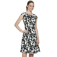 8be8c0b0d54 Women s ELLE™ Floral Seamed Fit   Flare Dress
