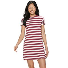 Juniors' SO® Short Sleeve Skater Dress