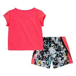 Baby Girl Nike Dri-FIT Logo Graphic Tee & Splatter Shorts Set