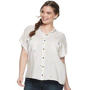 Juniors' Plus Size SO® Button Front Utility Shirt