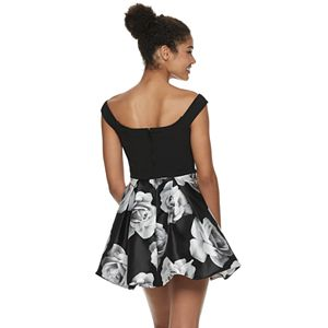 Juniors' Speechless Off-the-Shoulder Bubble Dress