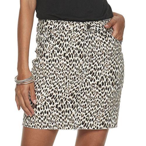 Juniors' Tinseltown Raw Hem Leopard Print Skirt