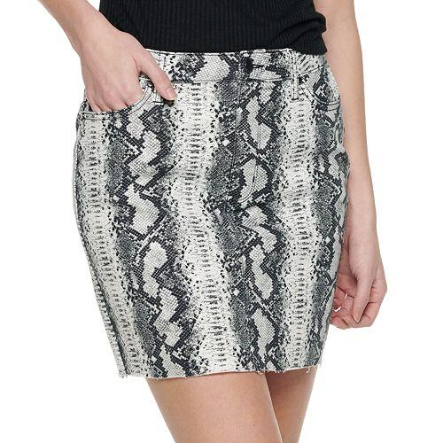 Juniors' Tinseltown Raw Hem Skirt