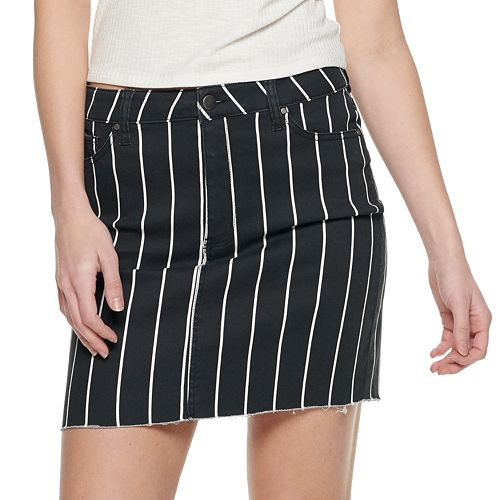 Juniors' Raw Hem Striped Skirt