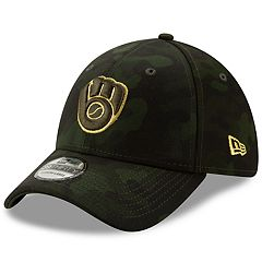 13d441318bc29 Men s Milwaukee Brewers New Era 2019 MLB Armed Forces Day 39thirty Flex Cap  - Camo