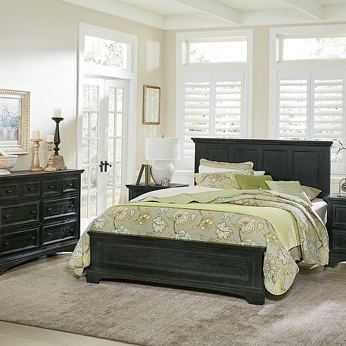 Inspired By Basset Farmhouse Basics Queen Bedroom Set with 2 Nightstands, and 1 Dresser