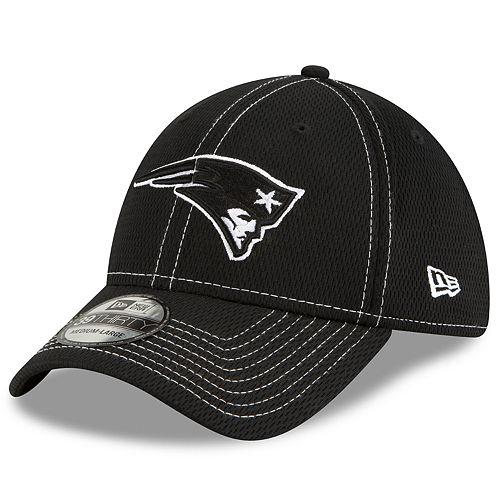 Men's New Era® New England Patriots 39Thirty On-Field Sideline Away Cap - Black