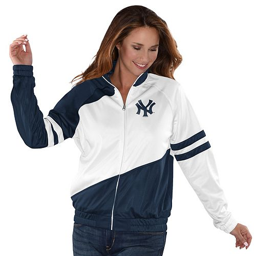 Womens G-III Sports New York Yankees Perfect Pitch Track Jacket